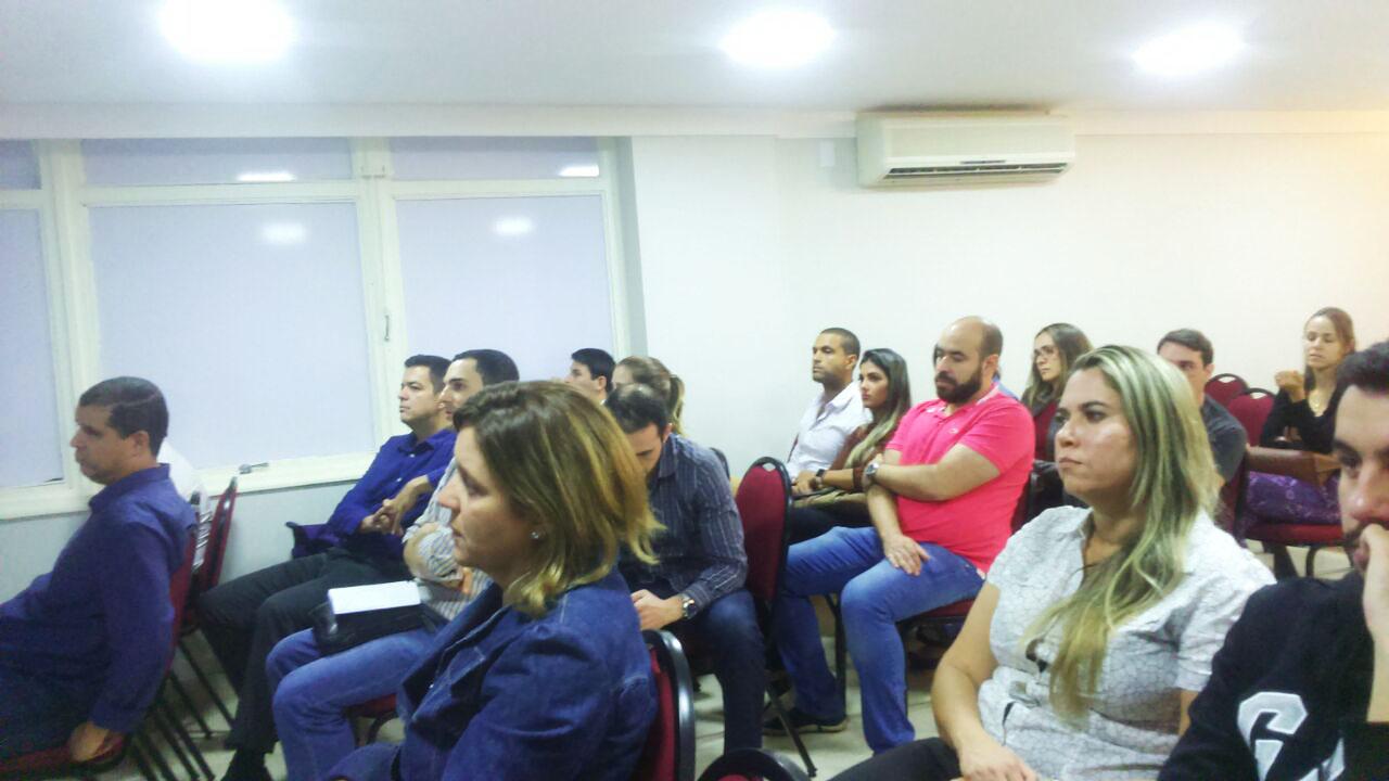 Concursados durante a reunião (Foto: Cultivar Comunicações)